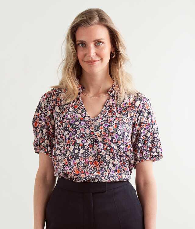 Skjorta Filippa Wildflower The Shirt Factory