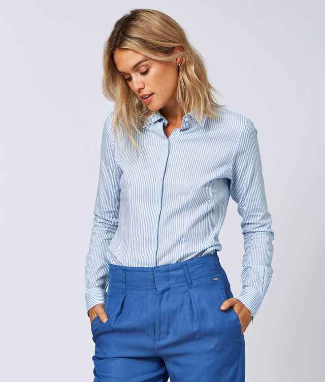 Skjorta Emma Stripe Blå The Shirt Factory